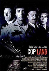 Полицейские  на DVD